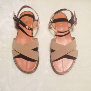 Shoes - ✨CRISSCROSS SANDAL✨